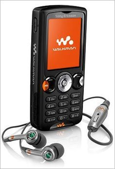 Before iPhones there was this - Sony Ericsson Walkman. Sony Mobile Phones, Sony Phone, Smartphone, Newest Cell Phones, New Phones, New Mobile, Tablets, Retro, Iphone