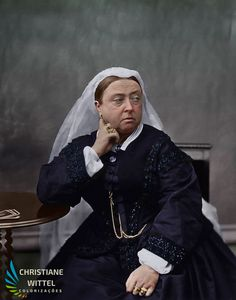Queen Victoria Prince Albert, Victoria And Albert, Queen Elizabeth Ii, British History, British Royals, Vintage Photos, Queens, Royalty, England