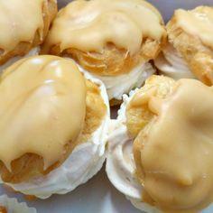 polibek větrníků - sladký příběh o lásce, která prochází žaludkem, napsali Kuncovi, Brno - Maloměřice, Hádecká 8 OBJEDNÁVKY I NADÁLE PŘIJÍMÁME I VYDÁVÁME www.cukrovi-kuncovi.cz/kontakt-prijem-objednavek Pie, Breakfast, Desserts, Food, Torte, Morning Coffee, Tailgate Desserts, Cake, Deserts