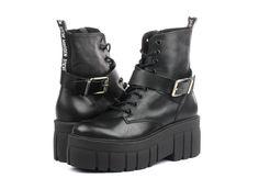 Bocanci Folie SM11000742-blk Sezonul aceasta este vorba despre a îndrăzni și a-ți depași limitele, despre feminitate! Poartă pantofi cu atitudin Office Shoes, Steve Madden, Biker, Outfit, Boots, Fashion, Outfits, Crotch Boots, Moda