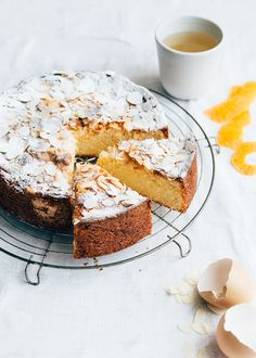 Orange cake with almonds - From Pauline& Keuken - Orange cake with almonds – From Pauline& Keuken - Dutch Recipes, Sweet Recipes, Cake Recipes, Mounds Cake, Lumberjack Cake, Scones Ingredients, Cake & Co, Sweets Cake, Bread Cake