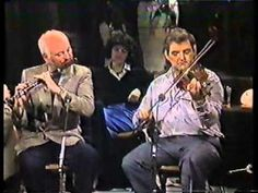 Brilliant fiddle and flute duet! Tommy Peoples and Matt Molloy