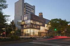 The Diana Center at Barnard College - New York, United States - 2010 - Weiss Manfredi Architecture Images, Architecture Awards, Commercial Architecture, Facade Architecture, School Architecture, Residential Architecture, College Image, Building Skin, Landscape And Urbanism