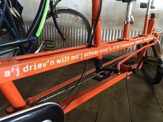 De fietsen van Actief Twente zijn voorzien van Twentse spreuken