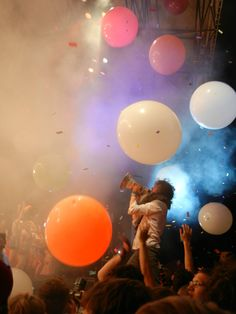 Flaming Lips Concert. By far the BEST concert experience I've ever had!!!