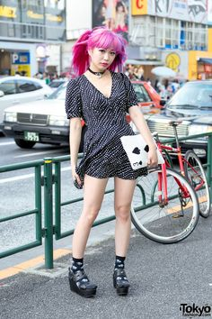 Harajuku Monster Girl w/ Pink Hair in Spiral Girl Dress & Spinns Platforms (Tokyo Fashion News) Japanese Street Fashion, Tokyo Fashion, Harajuku Fashion, Fashion News, Fashion Models, Kawaii Fashion, Fashion Styles, Fashion Brand, Girl Fashion Style