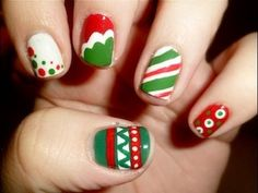 5 EASY Red & Green Christmas Nail Designs