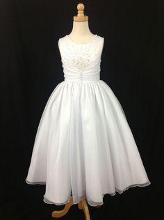 cad9a9237773 9 Best Communion dress images