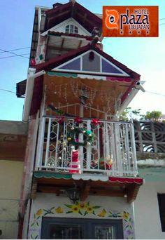 """URUAPAN Y SUS DETALLES. No dejes de conocer """"la casa más angosta del mundo"""", registrada en el Libro de Record Guiness porque mide 1.40 por 7.70 m, es una visita imperdible si están esta ciudad michoacana y acompaña tu estancia de la mano del Hotel Plaza Uruapan. http://www.hotelplazauruapan.com.mx/"""