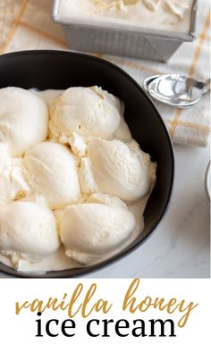 healthy ice cream Light, fluffy and delicate, Vanilla Honey Ice Cream is the homemade dessert I serve to all my guests! What Is Healthy Food, Healthy Foods To Make, Healthy Food Habits, Good Healthy Recipes, Healthy Meals, Healthy Eating, Recipe Using Honey, Honey Dessert, Healthy Ice Cream
