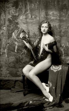 Ziegfeld Girl Anne Lee Patterson  by Alfred Cheney Johnson