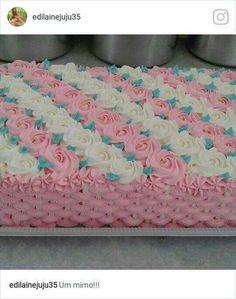 bolo de rosa