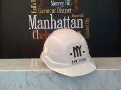 Кожногї другої неділі серпня в Україні видхначають День будівельника. Власне, до проекту NEW YORK Concept House це свято має безпосереднє відношення. Адже без будівельників наш житловий комплекс не зміг би з'явитися на світ. Тому ми вітаємо всіх, хто причетний до створення нашого амбіційного проекту. Дякуємо!