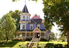 Historic Hutchinson House B in Faribault, MN