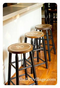 love these DIY stools...could do on the pub table ones