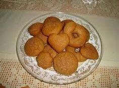 Daddy Cool!: Κουλουρακια κανελας μουρλια!Απο τη Μπεσυ Greek Recipes, Biscuits, Sweets, Candy, Cookies, Vegetables, Breakfast, Desserts, Food