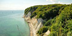 Kreidefelsen Jasmund - im Hintergrund ist Göhren und das Mönchgut Insel Rügen
