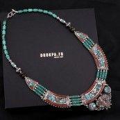 Bijoux tibetains : collier pierre turquoise - bijoux argent tibétain
