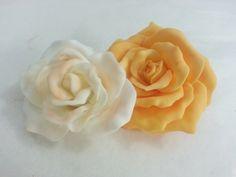 Fiori...rose... #cakedesign #torta  #decoration #fondant #diy #pastadizucchero #flowers