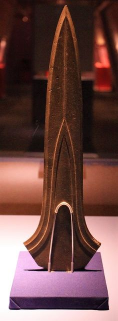 1500 BC – Bronze Age Sword of Jutphaas, in the province of Utrecht. Very well-preserved 42 cm long prestigious and ritual object without hilt. Discovered in 1947 and now in the Rijksmuseum van Oudheden in Leiden. One of six almost identical swords found in Holland, England and France. Probably all of them made in England, by the same artisan.