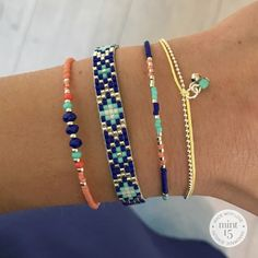 All kinds of fine bracelets, handmade and designed by Mix & match your bracelet set! In gold color, silver color or rose gold color. Loom Bracelet Patterns, Bead Loom Bracelets, Jewelry Patterns, Jewelry Bracelets, Bead Jewellery, Charm Jewelry, Beaded Jewelry, Handmade Jewelry, Pearl Bracelet