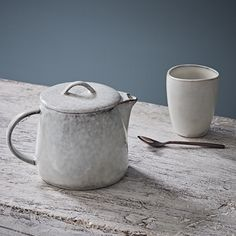 Nordic Sand Modern Teapot
