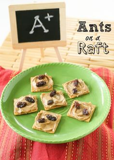 Forget Ants on a Log, these Ants are on a raft. Peanut butter and raisins are on top of a WHEAT THINS raft. Great for a lunchbox treat. Toddler Food, Toddler Meals, Kids Meals, Back To School Lunch Ideas, After School Snacks, Kid Snacks, Healthy Snacks, Packing Lunch, Wheat Thins