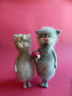 Cute little couple of needle felted cats by Lily Amirov from Russia