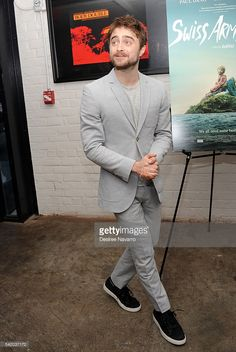 actor-daniel-radcliffe-attends-swiss-army-man-new-york-premiere-at-picture-id542037172 (686×1024)