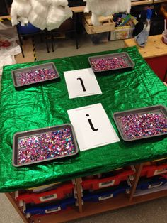 Alternative to writing in sand, writing in sequins. Use spelling words instead Preschool Literacy, Kindergarten Writing, Early Literacy, Writing Area, Pre Writing, Writing Skills, Sand Writing, Writing Table, Dyslexia