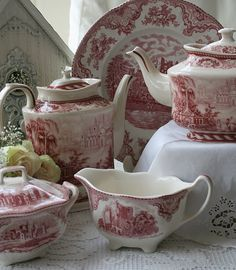 red and white transferware tea sets Antique China, Vintage China, Broken China Jewelry, Villeroy, Tea Service, Chocolate Pots, Vintage Dishes, High Tea, Afternoon Tea