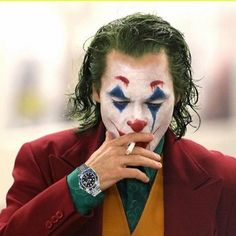 Page 3 Read from the story Galería Joker by with reads. Joaquin Phoenix, Heath Ledger, Cosplay Del Joker, Anthony Misiano, Dc Comics, Joker Pics, 4k Wallpaper For Mobile, Superhero Villains, Joker Tatto