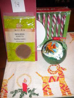 Mun joulukalenteripaketti. Päivä oli 14. joulukuuta ja sisältö niin ihana. Kiitos sy <3