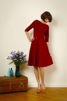 """Knielange Kleider - Kleid """"Elisa"""" mit Tellerrock , in bordeauxrot - ein Designerstück von Jekyll-und-Kleid bei DaWanda"""