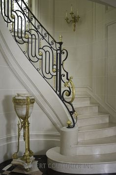 Beautiful railing detail in an 18th Century House in Brooklyn Gallery | Robert Couturier | via robertcouturier.com...
