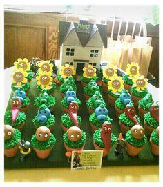 Plants vs Zombies Zombie Birthday Parties, Kids Birthday Themes, Zombie Party, Birthday Decorations, Boy Birthday, Birthday Cakes, Halloween Party, Plants Vs Zombies, Plant Zombie