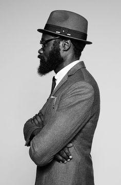 Art Comes First Design 2 Fedoras For The Kooples. Galas Photo, Designer Suits For Men, Beard Styles For Men, Dapper Day, Hats For Men, Hat Men, Modern Gentleman, Male Photography, Best Mens Fashion