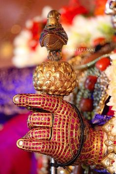 Radha Krishna Photo, Krishna Photos, Krishna Art, Mahesh Babu Wallpapers, Lord Vishnu Wallpapers, Indian Goddess, Shiva Art, Hindu Temple, Traditional Paintings