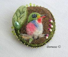 todier cuba, bird brooch