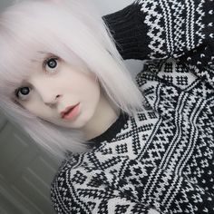 get some yourself some pawtastic adorable cat appa Kawaii Hairstyles, Pretty Hairstyles, Girl Hairstyles, Emo Girls, Cute Girls, Girl D, Girl Korea, Platinum Hair, Girl Inspiration