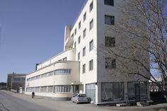 SOK:n toimisto- ja varastorakennus, Joensuu (Huttunen 1937). Nykyään rakennus tunnetaan nimellä Asunto oy Joensuun Aittaranta. #funkis #funkkis #functionalism
