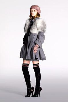 Louis Vuitton Pre-Fall 2010 Fashion Show Collection
