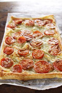 Schnelle Blätterteig-Tomaten-Mozzarella-Tarte