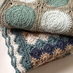 Three Beans in a Pod: Harlequin - link to pattern for the pretty stitch.