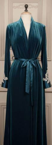 Emeline emerald robe   #dressinggown #robe #velvet #lace