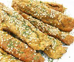Chrumkavé cuketové štangle so sézamom - jedztedoschudnutia. Tasty, Yummy Food, Chicken Wings, Healthy Life, Zucchini, Healthy Recipes, Healthy Food, Food And Drink, Health Fitness
