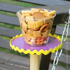 Outdoor Snack Holder SQ