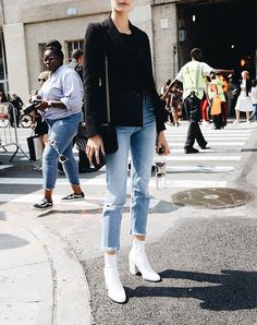 6e6ce280160 How to Wear Ankle Boots with Skinny Jeans