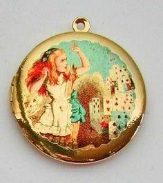 Get the Alice in Wonderland Locket Before it Heads Down the Rabbit Hole #weddings trendhunter.com