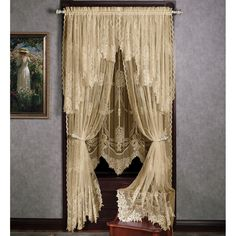 Window Design Curtains & Curtains Modern New Garland Lace Window Treatment Victorian Curtains, Victorian Windows, Victorian Bedroom, Victorian Interiors, Victorian Decor, Victorian Homes, Victorian Lace, Lace Curtains, Valance
